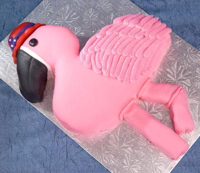 http://www.cremedelacakes.ca - Flamingo Cake