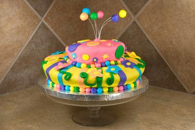 http://www.cremedelacakes.ca - Whimsical Cake
