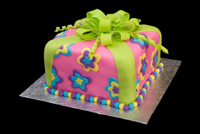 http://www.cremedelacakes.ca - Colorful Package