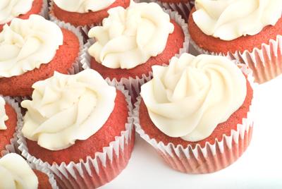 http://www.cremedelacakes.ca - Red Velvet