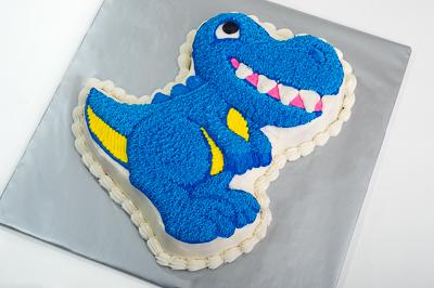 http://www.cremedelacakes.ca - Dinosaur