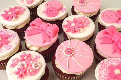 http://www.cremedelacakes.ca - Elegant Cupcakes