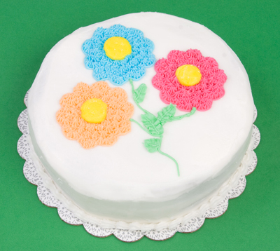 http://www.cremedelacakes.ca - White Floral