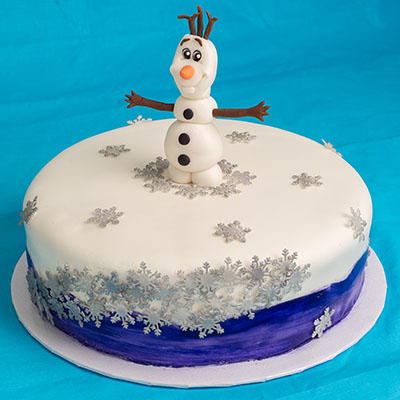 http://www.cremedelacakes.ca - Frozen-themed Cakes