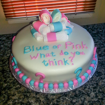 http://www.cremedelacakes.ca - Gender Reveal Cake