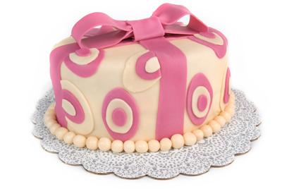 http://www.cremedelacakes.ca - Oval Cake (Fondant)