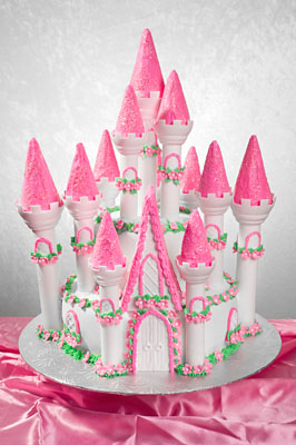 http://www.cremedelacakes.ca - Princess Castle
