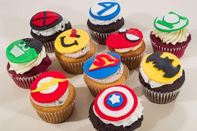 http://www.cremedelacakes.ca - Superhero Cupcakes