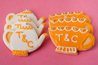 http://www.cremedelacakes.ca - Tea & Teacup Cookies