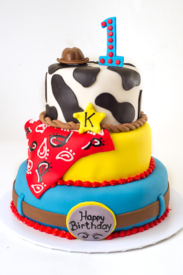 http://www.cremedelacakes.ca - Toy Story Theme Cake