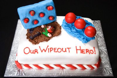 http://www.cremedelacakes.ca - Wipeout Canada