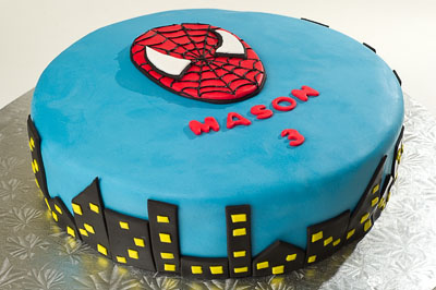 https://www.cremedelacakes.ca - Spider-Man Skyline