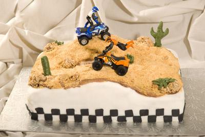 https://www.cremedelacakes.ca - Baja Racing Cake