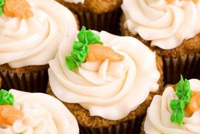https://www.cremedelacakes.ca - Carrot Cake Cupcakes