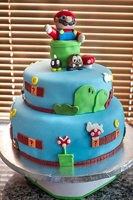 https://www.cremedelacakes.ca - Super Mario Cake
