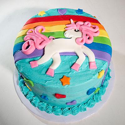 https://www.cremedelacakes.ca - Unicorns & Rainbows